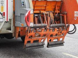 caminhão de lixo para coleta de lixo foto