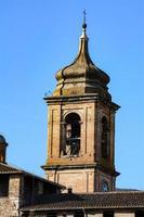 torre do sino da catedral terni foto