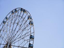 a roda gigante no parque sochi, adler city, rússia, 2019 foto