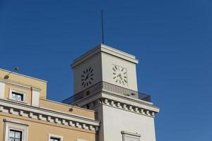 torre do relógio em Terni foto