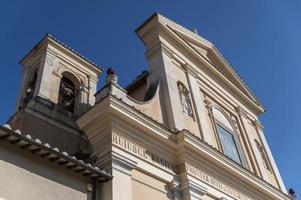 basílica di san valentino em terni foto