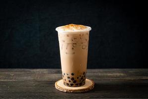 chá com leite taiwan com bolha foto