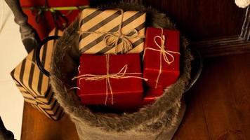 Decoração de Natal. feliz feriado. presentes de ano novo foto