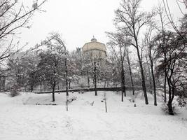igreja cappuccini sob a neve, turin foto