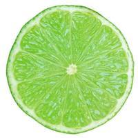 fatia de limão isolada foto