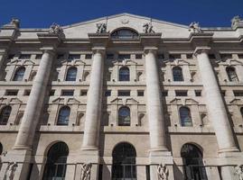 Bolsa de Valores de Milão em Milão foto