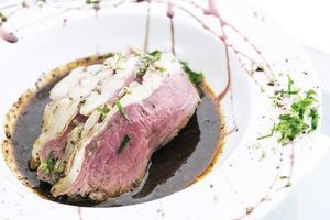 rosbife fusão moderna refeição culinária gourmet foto