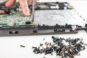placa-mãe do laptop de substituição de inspeção de reparo de centro de serviço. foto