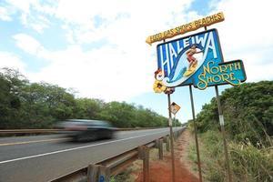 quadro indicador da cidade velha de haleiwa, costa norte foto