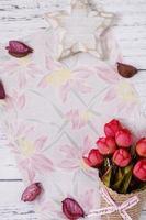 papel floral com flores foto