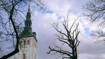 arquitetura paisagem centro histórico cidade velha de tallinn, estônia foto