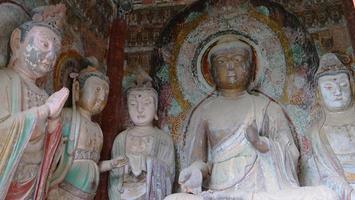 complexo de templo-caverna maijishan na cidade de tianshui, província de gansu, china. foto