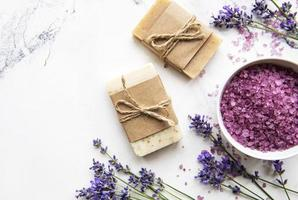 cosmético spa orgânico natural com lavanda. foto