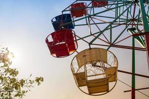 cesta de aço e estrutura da roda gigante foto