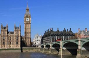palácio big ben e westminster em londres reino unido foto