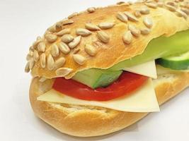pronto para comer sanduíche no café da manhã foto