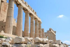 templo de partenon na acrópole de atenas, grécia foto