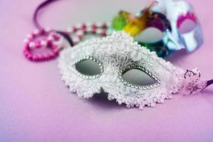 um festivo e lindo carnaval branco foto