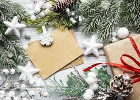 carta de cartão de natal em envelope foto