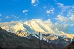 belo paisagismo das montanhas foto