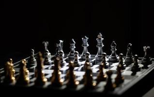 jogo de tabuleiro de xadrez para competição e estratégia foto