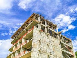 construir um complexo hoteleiro canteiros de obras playa del carmen méxico foto