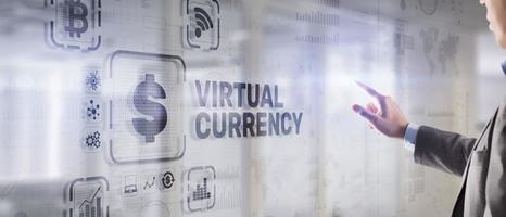 conceito de investimento de troca de moeda virtual. fundo de tecnologia financeira foto