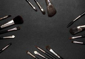 conjunto de pincéis de maquiagem foto