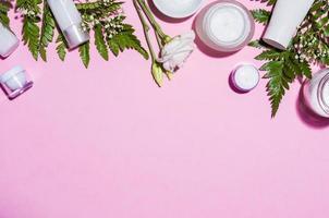 produtos de cuidados da pele para mulheres foto