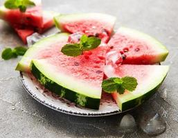 melancia com gelo foto