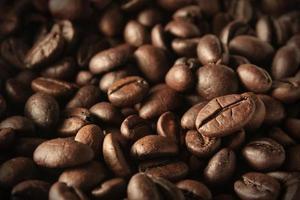 close up de grãos de café foto