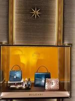Florença, Itália, 18 de setembro de 2016 - detalhe da loja bulgari em Florença, Itália. bulgari é uma marca italiana de joias e artigos de luxo fundada em 1884 em roma. foto