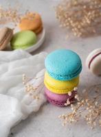 pilha de macarons, biscoito francês macaroons foto