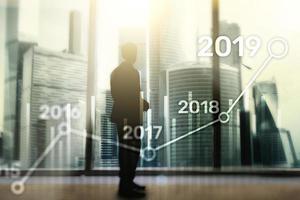 Plano de 2019 para crescimento financeiro. conceito de negócios e investimento. foto