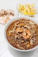 sarawak laksa (macarrão chinês) foto