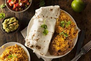 Burrito de carne gigante caseiro