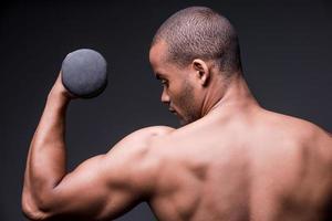 fazendo seu corpo forte. foto