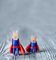 prendedores de roupa super-heróis foto