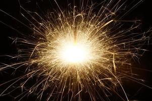 fogo de artifício no escuro