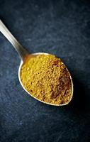 pó de curry tailandês (quente)