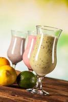 dieta saudável, shakes de proteína e frutas