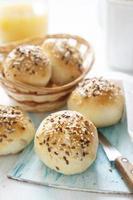 pães de café da manhã foto