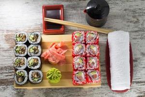rolo de sushi