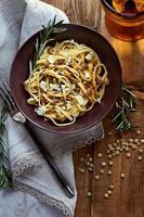 macarrão com lentilhas foto