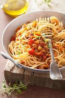 cozinhar macarrão italiano esparguete à bolonhesa foto