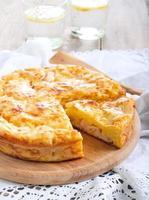 torta de presunto e queijo foto