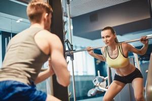 treinamento de levantamento de peso foto