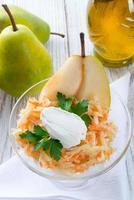 salada de aipo com pêra foto