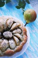 bolo caseiro com sementes de papoila foto