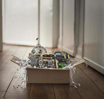 pacote com robôs